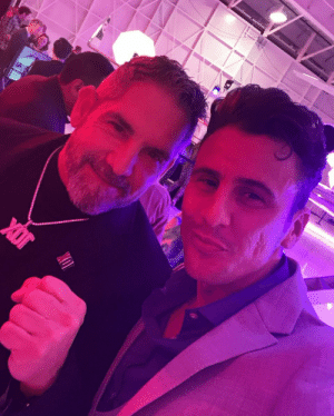 #ThrowbackThursday to when I had diamond tickets for Grant Cardone's event in Las Vegas! There is no greater honour than meeting the man himself and learning from him.   Now it's my time to give back with all of my knowledge and teach you  💪 https://t.co/I83rf4sf11: #ThrowbackThursday to when I had diamond tickets for Grant Cardone's event in Las Vegas! There is no greater honour than meeting the man himself and learning from him.   Now it's my time to give back with all of my knowledge and teach you  💪 https://t.co/I83rf4sf11