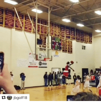 Sports, Dunks, and Majestic: ti.  jbgolf18  25 Is there anything more majestic than a @zionlw10 dunk? 😮 (via @jbgolf18, h-t @houseofhighlights)