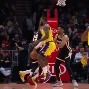 For the 62nd time, LeBron James named Player of the Week!    https://t.co/ZTFphpmYtP: ticketmaster  15 For the 62nd time, LeBron James named Player of the Week!    https://t.co/ZTFphpmYtP