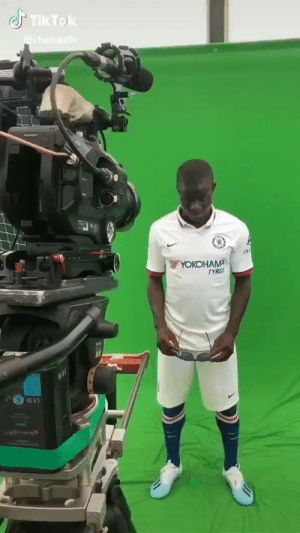You just can't hate N'Golo Kante. 😂😂 https://t.co/KsArLhLgPI: Tik Tok  chelseaf  YOКОHАMA  TYRES You just can't hate N'Golo Kante. 😂😂 https://t.co/KsArLhLgPI