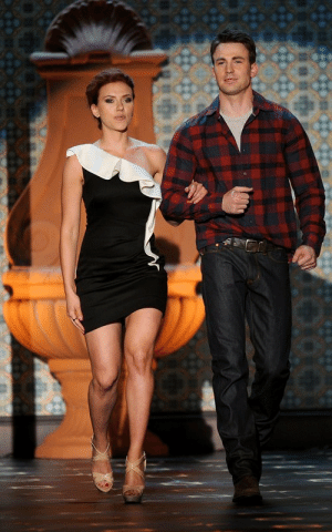 """tonys-snark:  fuckyeah-avengers:    Scarlett Johansson and Chris Evans presenting at Spike TV's2011Guys Choice Awards.  """"I just flew in from New Mexico, where I've been shootingThe Avengers. A bunch of the cast is here tonight but I'm here to support the troops.Chris Evansand I are presenting. We're right in the middle of scenes and figuring a lot of stuff out. I've been training a lot and doing all sorts of exercises."""" - Scarlett Johansson (via  JustJared)  [x]: tonys-snark:  fuckyeah-avengers:    Scarlett Johansson and Chris Evans presenting at Spike TV's2011Guys Choice Awards.  """"I just flew in from New Mexico, where I've been shootingThe Avengers. A bunch of the cast is here tonight but I'm here to support the troops.Chris Evansand I are presenting. We're right in the middle of scenes and figuring a lot of stuff out. I've been training a lot and doing all sorts of exercises."""" - Scarlett Johansson (via  JustJared)  [x]"""
