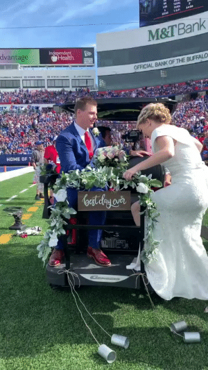 Congratulations Jordan and Mackenzie!!   #NFL100 https://t.co/5XWH54MybF: TOTAL  rURN  T.O.P  14:50  18:10  M&T Bank  dvantage  Independent  Health  FIELD  OFFICIAL BANK OF THE BUFFALO  HOME OF  oast elay aver Congratulations Jordan and Mackenzie!!   #NFL100 https://t.co/5XWH54MybF