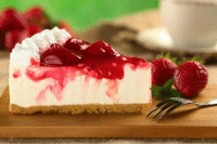 Strawberry Cheesecake: ts' Strawberry Cheesecake