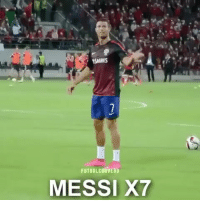 No way you can distract this guy from what he does best! 🤚🇵🇹 Ronaldo 🔥: TSIGRES  FUTBOLCURVEHD  MESSI X7 No way you can distract this guy from what he does best! 🤚🇵🇹 Ronaldo 🔥