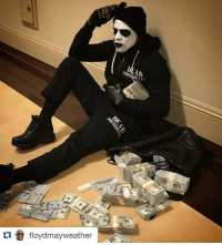 Floyd Mayweather, Halloween, and Mayweather: tu floydmay weather  DENTS Floyd Mayweather takes Halloween pretty seriously. DeadPresidents