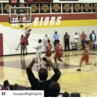 Sports, High School, and Stanley: tu houseofhighlights High school sophomore Cassius Stanley takes over the court 🔥 (via @hwathletics, h-t @houseofhighlights)