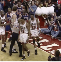 On this day in 1994, Scottie Pippen emphatically posterized Patrick Ewing 🔨🔥: TV  BULLS  13 On this day in 1994, Scottie Pippen emphatically posterized Patrick Ewing 🔨🔥