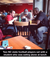 http://t.co/ubUD4gTyXY: Two NC State football players sat with a  student who was eating alone at lunch http://t.co/ubUD4gTyXY