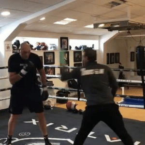 "Tyson Fury is 6'9""  Ridiculous movement (via Tyson Fury): Tyson Fury is 6'9""  Ridiculous movement (via Tyson Fury)"