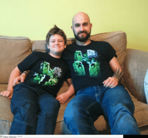 omg-pictures:  My son and I don't live together. We got dressed in separate houses today. We did not plan this…http://omg-pictures.tumblr.com: Uber Humor omg-pictures:  My son and I don't live together. We got dressed in separate houses today. We did not plan this…http://omg-pictures.tumblr.com