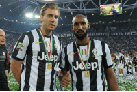 Soccer, Juventus, and Legend: UGHI ULTRA CURVA SUID Juventus glory days with these two legends up front.