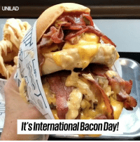Dank, Love, and Stuff: UNILAD  It'sInternational Bacon Day! Today is International BACON Day, let everyone know just how much you love the stuff! 😍👇  Hulksmashfood