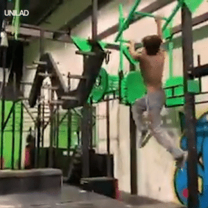 Just an average day in the life of a ninja in training 😳😲: UNILAD Just an average day in the life of a ninja in training 😳😲