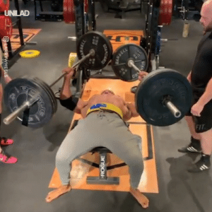 Dank, 🤖, and Man: UNILAD This absolute UNIT of a man just benched 111kg in each hand...😱💪