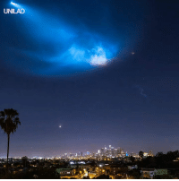 This timelapse of the Space X Falcon 9 launch over downtown LA is truly stunning 😍🚀: UNILAD This timelapse of the Space X Falcon 9 launch over downtown LA is truly stunning 😍🚀