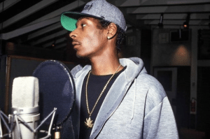 urbanubiquity:  Snoop Dogg in the studio, working on Doggystyle- Los Angeles, 1993 Shot by ChiModu: urbanubiquity:  Snoop Dogg in the studio, working on Doggystyle- Los Angeles, 1993 Shot by ChiModu