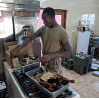 USArmy soldiers from the 2nd Battalion, 2nd Infantry Regiment stationed in Iraq cook up a Thanksgiving dinner. ProudAmerican (📷: Hollie McKay): USArmy soldiers from the 2nd Battalion, 2nd Infantry Regiment stationed in Iraq cook up a Thanksgiving dinner. ProudAmerican (📷: Hollie McKay)