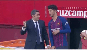Memes, Messi, and 🤖: uzcamp  kuten Valverde: You know what you have to do?  Alena: No  Valverde: Me neither, tell Messi I say hi. https://t.co/dZp8Bd4hTh