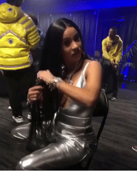 Hair, Cardi B, and Her: va Cardi B out here brushing her hair with a fork 🤔😂🍴 @iamcardib https://t.co/TGHWeFaWWe