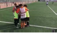 Soccer, Kids, and Water: Valencia kids doing FC Barcelona impersonation of that water bottle incident 😂