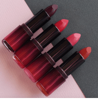 Velvet, silky, and matt in every shade you can think of! Lipstick Samoa: Velvet, silky, and matt in every shade you can think of! Lipstick Samoa