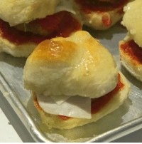 Memes, Wshh, and 🤖: Via:@ThisIsInsider & @ThisIsInsiderCheese- These garlic knot sliders look serious! Would you try them? 😳🤔 @HoldMyKnots WSHH