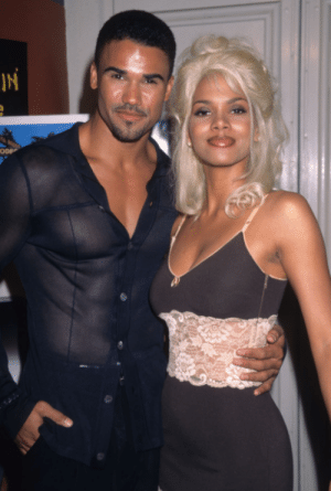 vintagewoc:  Halle Berry with Shemar Moore (1997): vintagewoc:  Halle Berry with Shemar Moore (1997)