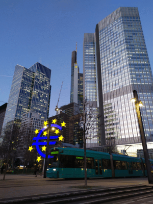 "Visited Frankfurt yesterday, this neighborhood is so over the top European, ""meuropa!"": Visited Frankfurt yesterday, this neighborhood is so over the top European, ""meuropa!"""