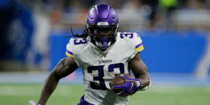 1,116 total yards. Nine touchdowns.   @dalvincook whipped up a monster first half of the 2019 season. 👨‍🍳 #Skol   📺: #MINvsKC -- TOMORROW at 1pm ET on FOX  📱: NFL app // Yahoo Sports app https://t.co/kPGO14Fwbg: Viunos  VIKIDGS 1,116 total yards. Nine touchdowns.   @dalvincook whipped up a monster first half of the 2019 season. 👨‍🍳 #Skol   📺: #MINvsKC -- TOMORROW at 1pm ET on FOX  📱: NFL app // Yahoo Sports app https://t.co/kPGO14Fwbg