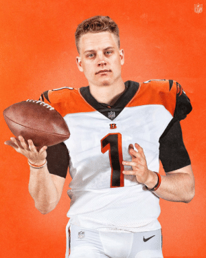 Welcome to Cincinnati, @Joe_Burrow10! #NFLDraft  (by @SNICKERS) https://t.co/XRZzdty00L: Welcome to Cincinnati, @Joe_Burrow10! #NFLDraft  (by @SNICKERS) https://t.co/XRZzdty00L