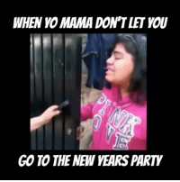No pues wow 😳😩 FOLLOW US➡️ @so.mexican: WHEN MAMA DON T LET YOU  GO TO THE NEW YEARS PARTY No pues wow 😳😩 FOLLOW US➡️ @so.mexican