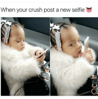 Gives me butterflies in my cock socket 😭😹👀👅💦😻: When your crush post a new selfie Gives me butterflies in my cock socket 😭😹👀👅💦😻