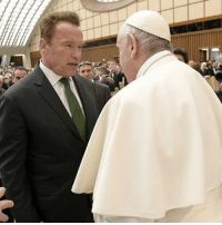 While Washington D.C. is getting tuned upside down, the Terminator came face-to-face with His Holiness on the other side of the planet. Arnold Schwarzenegger met with Pope Francis Wednesday at the Vatican. Arnold's there promoting his low-carbon and climate initiative. arnold pope popefrancis tmz: While Washington D.C. is getting tuned upside down, the Terminator came face-to-face with His Holiness on the other side of the planet. Arnold Schwarzenegger met with Pope Francis Wednesday at the Vatican. Arnold's there promoting his low-carbon and climate initiative. arnold pope popefrancis tmz