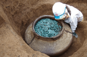 wilwheaton: roguetelemetry:  historyarchaeologyartefacts: A ceramic jar filled with thousands of bronze coins was recently unearthed at the site of a 15th-century samurai's residence just north of Tokyo [710x470] reblog in 30 seconds to find a clay jar of bronze coins   I waited 31 seconds because where the fuck am I going to put a clay jar full of bronze coins I mean honestly. : wilwheaton: roguetelemetry:  historyarchaeologyartefacts: A ceramic jar filled with thousands of bronze coins was recently unearthed at the site of a 15th-century samurai's residence just north of Tokyo [710x470] reblog in 30 seconds to find a clay jar of bronze coins   I waited 31 seconds because where the fuck am I going to put a clay jar full of bronze coins I mean honestly.