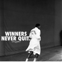 Memes, 🤖, and Wins: WINNERS  ALI  NEVER QUIT.,  @SUCCESSES They keep going until they win 🔝 Follow @successes for more ✔️