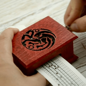 Game of Thrones, Music, and Tumblr: woodissimo: Game of Thrones cover music box in Woodissimo Shop on Etsy