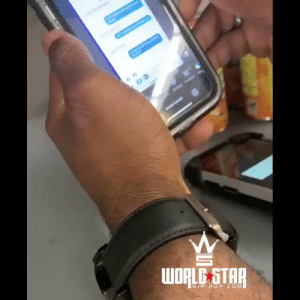 Dude, Photoshop, and Wshh: WORLG STAR  HIP HOP.COM Dude uses Photoshop to make it look like he texted his girl back 😩😂 #WSHH (via @MandingoMoreno) https://t.co/zQmaN20HEs