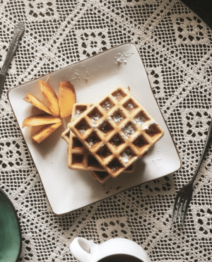marriedfood:Viennese waffles with cinnamon recipe: **ww*stiohomcom marriedfood:Viennese waffles with cinnamon recipe
