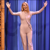 So great to see you, Gwyneth Paltrow's vagina! cameltoe: So great to see you, Gwyneth Paltrow's vagina! cameltoe