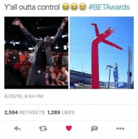 Blackpeopletwitter, Desiigner, and Control: Yall outta control @)  @ #BETAwards  6/26/16, 9:44 PM  2,594 RETWEETS 1,289 LIKES <p>Wacky inflatable arm flailing Desiigner (via /r/BlackPeopleTwitter)</p>