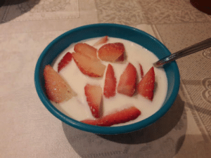 You think Pineapple on Pizza is Barbaric? What you want to say about Sugar on Strawberries in Milk?: You think Pineapple on Pizza is Barbaric? What you want to say about Sugar on Strawberries in Milk?