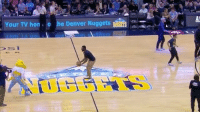 The DenverBroncos ShaqillBarrett hit a backwards half court shot at last nights DenverNuggets game! 🏀😳🙌 @Broncos WSHH: Your TV hon o e Denver Nuggets The DenverBroncos ShaqillBarrett hit a backwards half court shot at last nights DenverNuggets game! 🏀😳🙌 @Broncos WSHH