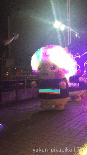When you wanna join the Pikachu parade so bad.  📹yukun_pikapika | TW: yukun_pikapika T When you wanna join the Pikachu parade so bad.  📹yukun_pikapika | TW