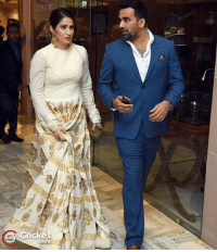 Memes, Wedding, and 🤖: Zaheer Khan attended the wedding reception of Yuvraj with Sagarika Ghatge
