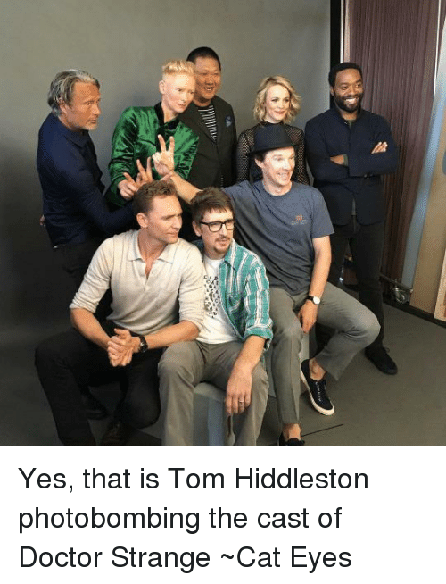 Yes That Is Tom Hiddleston Photobombing the Cast of Doctor